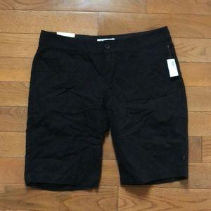 NWT Women's old navy black shorts